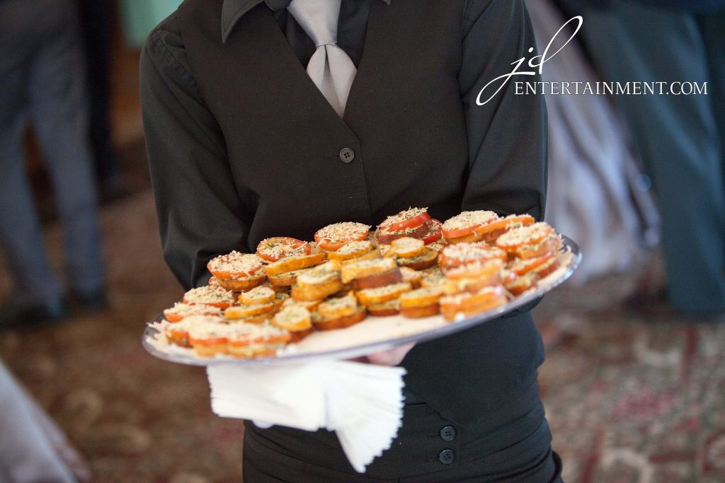 10 Ways to Keep Your Guests Engaged So They Stay At Your ...